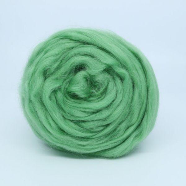 Полутонкая шерсть 0580 зеленое яблоко